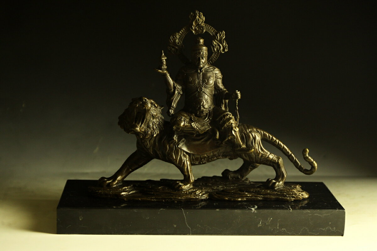 【送料無料】ブロンズ製 仏教美術 四天王 毘沙門天多聞天24cm 銅像 彫刻 仏像 インテリア