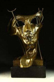 重青铜自画像与培根萨尔瓦多 · 达利