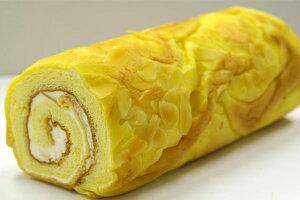 ロールケーキ(バタークリームモア バニラ味)[送料無料]【パティスリー『TakaYanai』スイーツ】