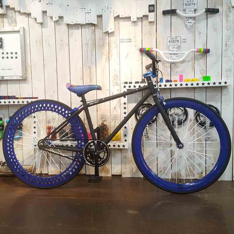 ピストバイク マットブラック 完成車ストリート フレーム(400mm)リア ソーダリム サンダーステム リコ BMXハンドル ピスト シングルスピード[自転車][BMX][ピスト][カスタム][700C][23c][タイヤ][フリーギア][ホイール]