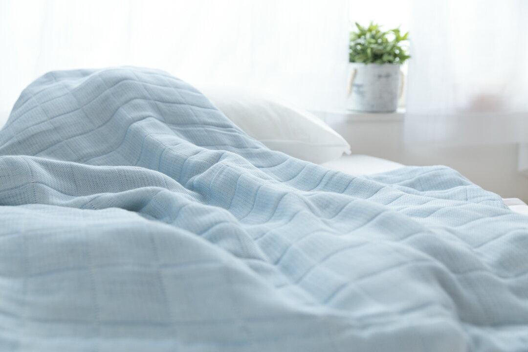 ワケあり ガーゼケット コーマ糸を使った綿100%の4重ガーゼケット 日本製 シングルサイズ blan&co.オリジナル 織キズ 工場直販 産地直送 訳あり 2枚以上で送料無料