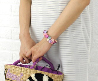Shell bracelet .5343209736-0061401