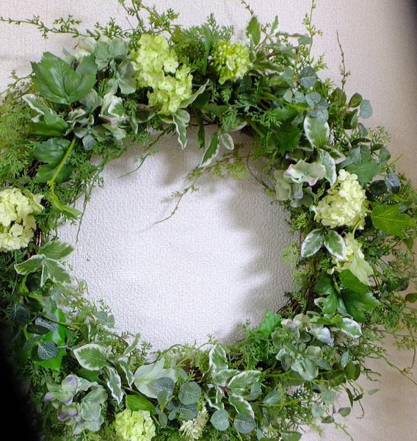 大きさ50cmリース・グリーン・ミックスリース送料無料・グリーンのリース・ウェルカムボード 造花・外に飾るリース・玄関リース・クリスマス・リース・大きなリース・オリーブ枯れないリース・外玄関のリース