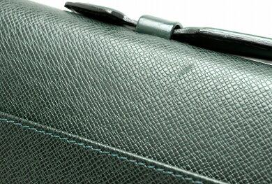 【バッグ】LOUISVUITTONルイヴィトンタイガセルヴィエットクラドブリーフケース書類カバンビジネスバッグレザーエピセアグリーンM30074【中古】【k】