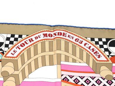 【アパレル】HERMESエルメスカレ90スカーフ大判スカーフLETOURDUMONDEEN63CASES『63マスの世界旅行』シルク100%ピンク系マルチカラー【中古】