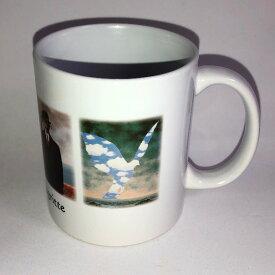 ルネ・マグリットマグカップ ユニーク おもしろ 面白 プレゼント インスタ映え かわいい おしゃれ 世界の名画 絵画 絵 しあわせ 陶器 コーヒーカップ ティーカップ 大家族 人の子 ピレネーの城 幸福の兆し