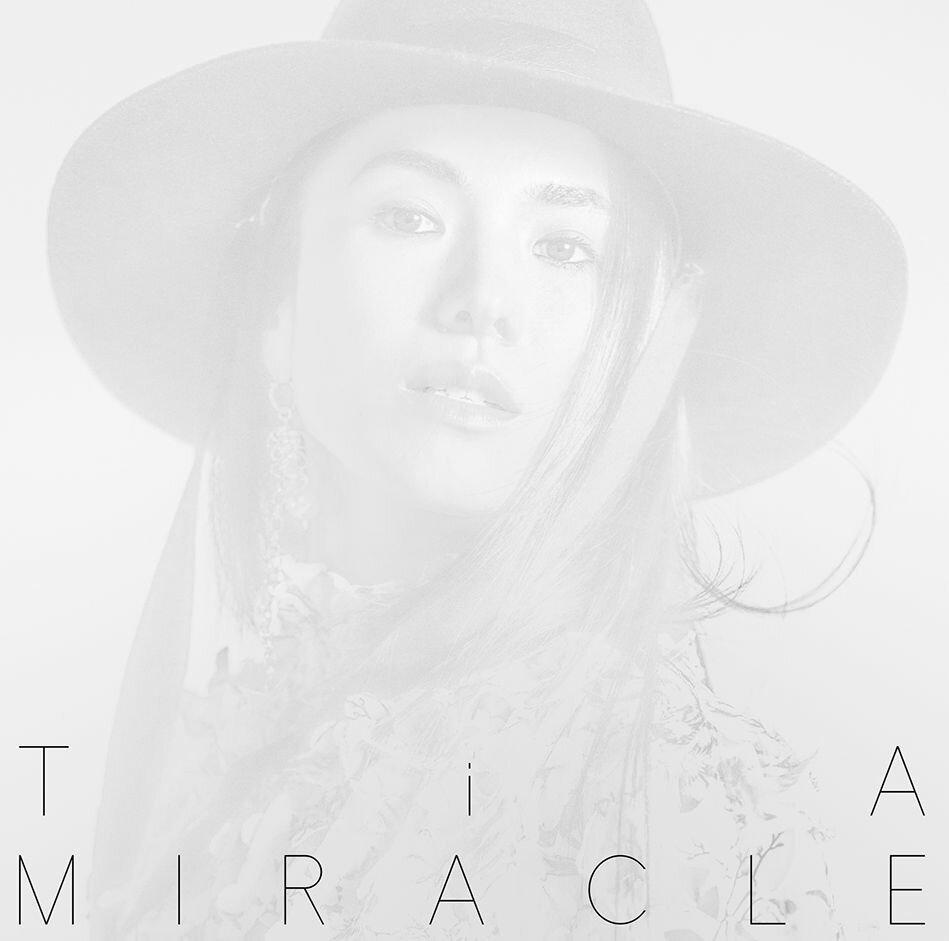 【先着特典】MIRACLE(初回限定盤 2CD オリジナルアルバム + ベストアルバム) (直筆サイン入りポストカード付き) [ TiA ]