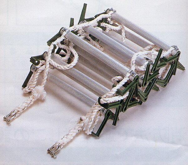 避難梯子オリール2(2013)【可変(自在)フック型】2階用