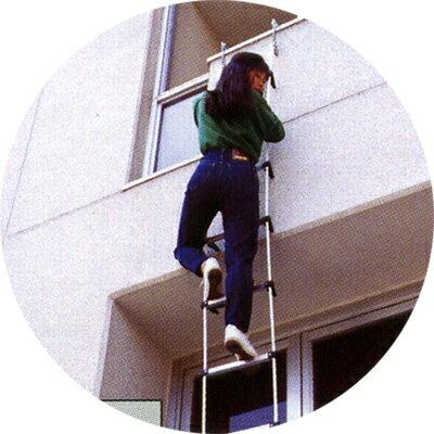 蛍光避難はしご2階用BP-6