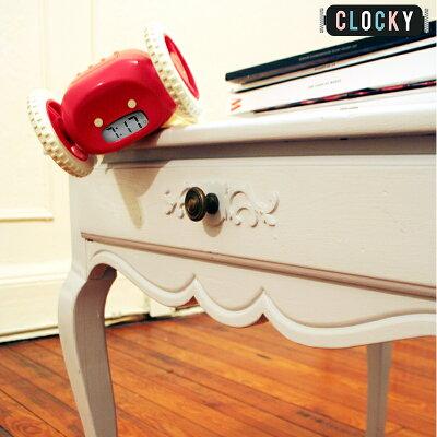 【送料無料】クロッキーClocky動く目覚まし時計(カラー:ブラック・ホワイト)アラーム時計ギフトラッピング可能日本語取説付き