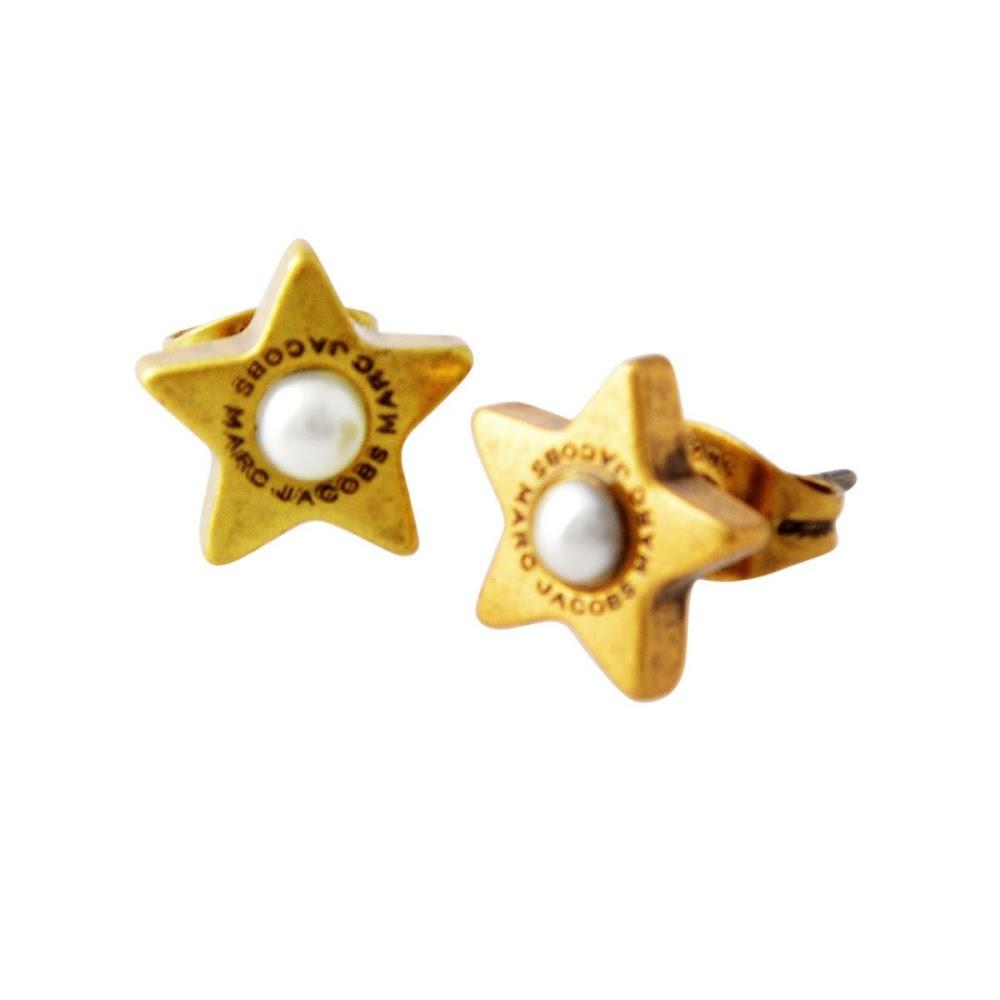 マークジェイコブス MARC JACOBS M0009237-117 Cream/Antique Gold ロゴ パール スター 星モチーフ スタッド ピアス Charms Flat Pearl Star Studs【MARC JACOBS】【新品】【Brandshop IL】