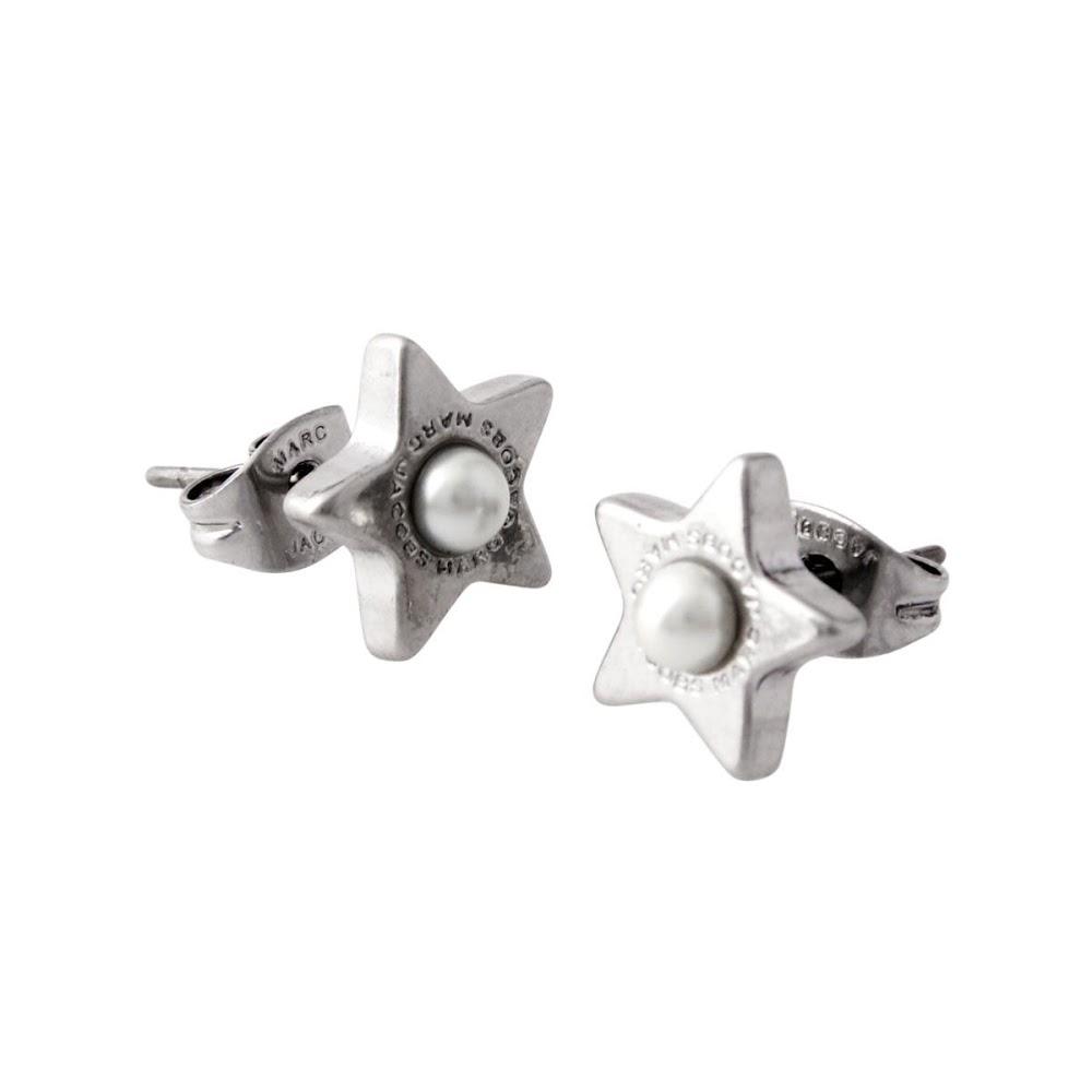 マークジェイコブス MARC JACOBS M0009237-118 Cream/Antique Silver ロゴ パール スター 星モチーフ スタッド ピアス Charms Flat Pearl Star Studs【MARC JACOBS】【新品】【Brandshop IL】