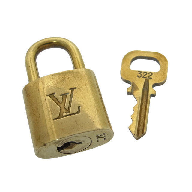 【中古】 ルイヴィトン Louis Vuitton カデナ&キーキーリング メンズ可パドロック ロゴ ゴールドカラー 真鋳 F358 .