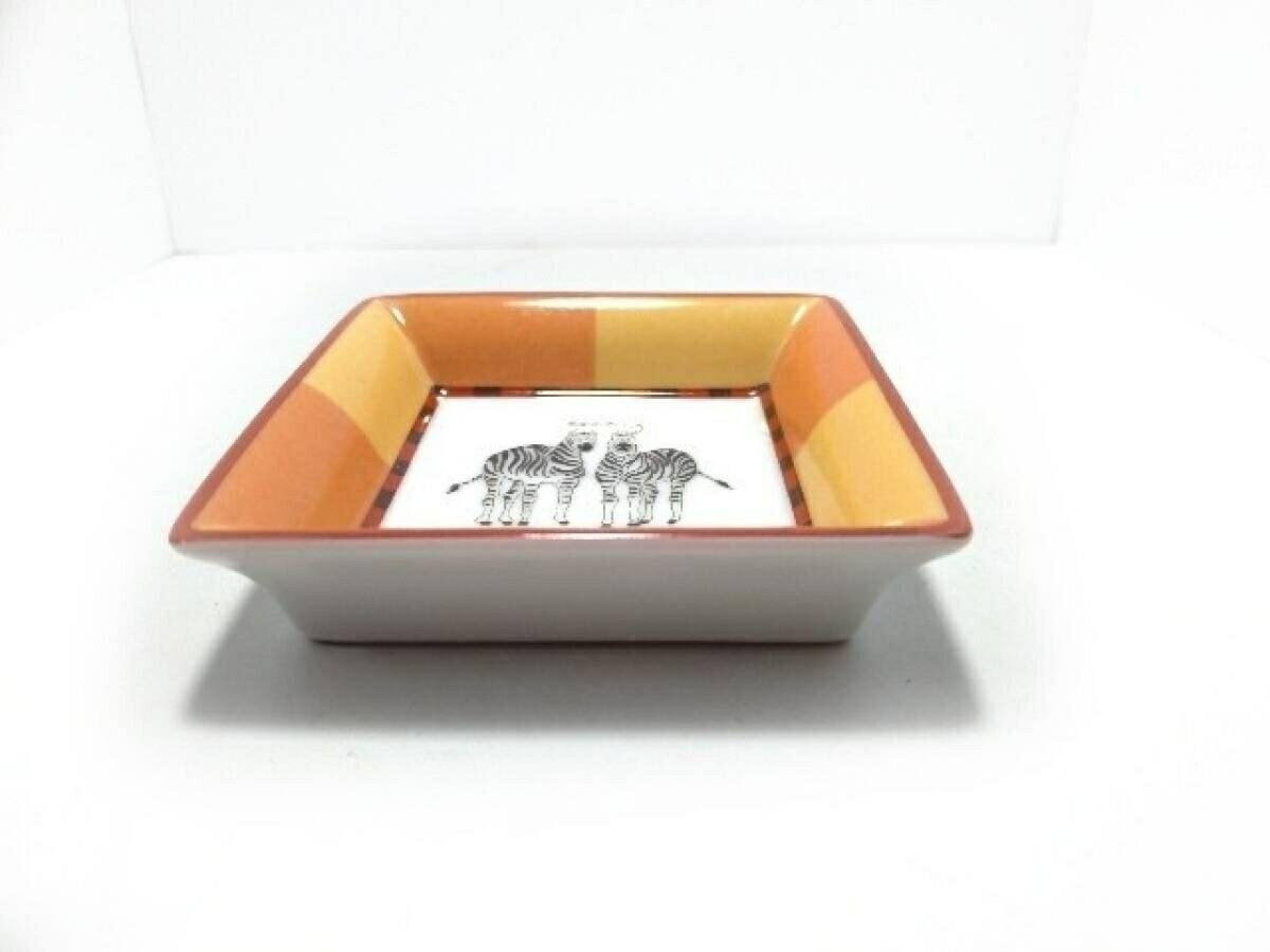 【新着】HERMES(エルメス) 小物入れ新品同様■ - 白×オレンジ×マルチ 陶器【20190423】【中古】