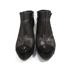ea5374074482 中古 【中古】 シャネル ショートブーツ レディース レザー ブラック x シルバー | CHANEL くつ 靴 ショートブーツ 美品 ブランドオフ
