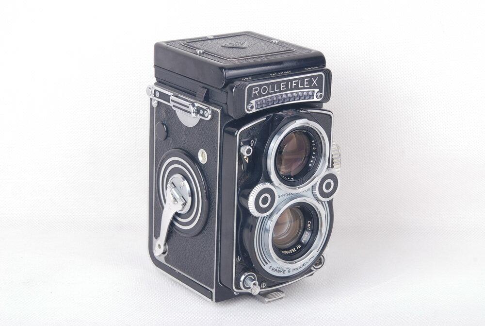【美品】ローライ/Rolleiflex 3.5F ブラック二眼レフカメラ Planar 75/3.5レンズ付き ゴールドコーディング#jp19832