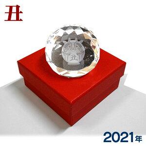 【値下げ】クリスタル干支文鎮『丑』ダイヤカット型ペーパーウェイト)【3Dクリスタル】HO3413 牛