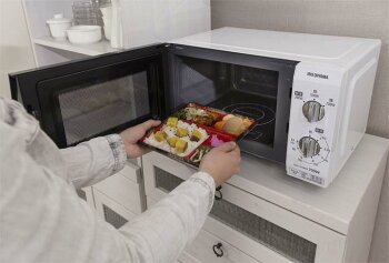 10%OFFクーポン有♪電子レンジ18LフラットテーブルIMB-F184-5・650Hz/東日本・60Hz/西日本レンジ家電台所キッチン一人暮らし解凍あたためキッチン家電簡単操作アイリスオーヤマシンプル飲み物冷凍食品解凍iriscoupon