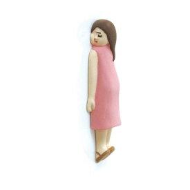 【マグネット】【メール便可】壁や冷蔵庫で気持ちよさそう♪ 壁ごこち 女の子(おんなのこ)