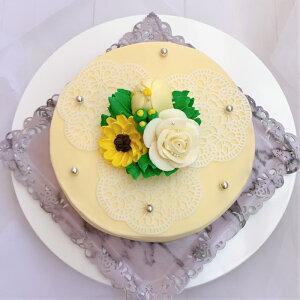 シュガーレースと黄色いのケーキチーズケーキ味【ケーキ インスタ映え ケーキ スイーツ バタークリームケーキ 誕生日ケーキ バースデーケーキ ホールケーキ 美味しいケーキ 冷凍ケーキ 花