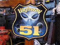 ハイウェイ51のU.S.ヘヴィースチールサイン