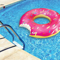 おもしろ浮き輪アメリカン・プールフロート(ストロベリードーナツ)■アメリカ雑貨アメリカン雑貨