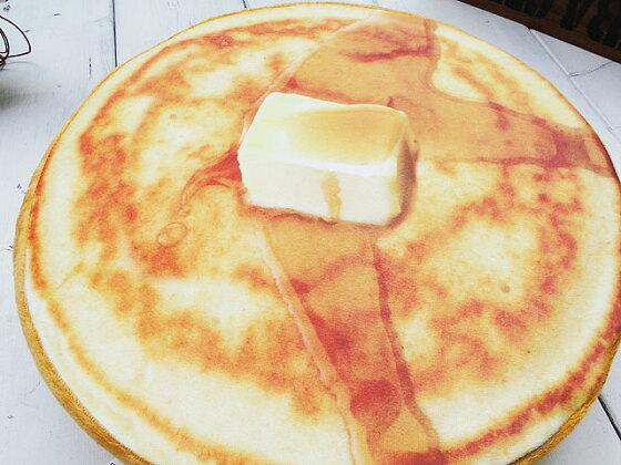 リアルスイーツのフロアークッション(パンケーキ)■アメリカ雑貨アメリカン雑貨
