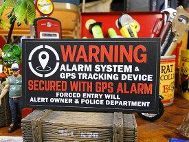 「警告!このクルマはGPSシステムにより守られています」のセキュリティステッカー バッドアス・ステッカー#23(ブラック) ■ 自分仕様だから愛着も強くなる! こだわり派が夢中になる人気のアメリカ雑貨屋 ステッカー アメリカン雑貨 車 バイク シール デカール
