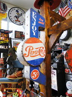 アメリカのアーケードサインのウォールオブジェ(ペプシコーラ)■アメリカ雑貨アメリカン雑貨アメリカ看板オープン壁掛けインテリアアンティーク調店舗用ディスプレイおしゃれグッズオブジェディスプレイ用置物人気