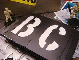 世田谷ベースで人気爆発(3インチ)のミリタリーステンシルプレート!HANSON社 プラスチック・ステンシルプレート 46ピースセット 【楽天一位】 ■ アメリカ雑貨 アメリカン雑貨 プレート 世田谷ベース アルファベット 人気 英数字 記号 DIY