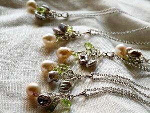 【6月&8月誕生石】ネガティブをはね返すペリドット&淡水パール(真珠)ネックレス ハンドメイド handmade necklace ジュエリー 贈り物 一点物 プレゼント 無料ラッピング パワーストーン 真珠
