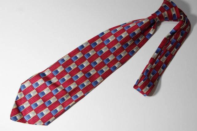 【Italy イタリア製 】【Silk シルク】総柄ネクタイ bb-00089【メンズアイテム】【小物】【大人古着】【USA買い付け】【コーディネート便利アイテム】【中古】【古着】【USED】【あす楽対応】150804