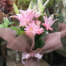 花束 プレゼント ピンクユリ・バラ・ガーベラの華やか花束 Mサイズ 長寿祝い 歓迎会 退職祝い 誕生日ギフト