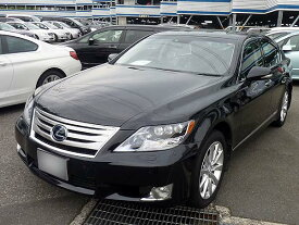 LS600h バージョンU Iパッケージ 買取店より42万円高く成約!! 中古車売却なら オークション代行カービズ
