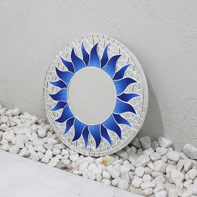 モザイク柄 ミラー 鏡 壁掛けミラー 太陽模様 ブルー 丸型 30cm バリ アジアン インテリア