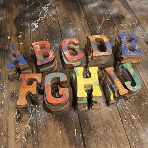 木製 アルファベット オブジェ カラフル アンティーク かすれ ペイント H10.5cm [ A B C D E F G H I J ]