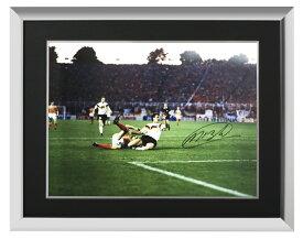 マルコ・ファン・バステン 直筆サイン入りフォト 額入り オランダ VS 西ドイツ (Marco van Basten Signed Photo: Netherlands Versus Germany) 9/25入荷! サイズ大