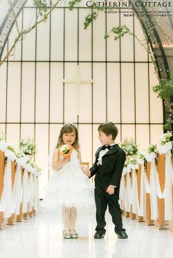 結婚式コーディネートの男の子