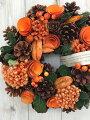 秋リースは秋の花を使ったなど、大人おしゃれな雰囲気がいい!玄関にハロウィンまで飾れるイチオシは?