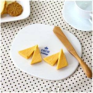 クラウン 陶器製チーズボード カントリー風のナチュラルデザイン カッティングボード テーブルカット バケットカット MILKY_COKE ミルキーコーク 国産 瀬戸焼 訳あり