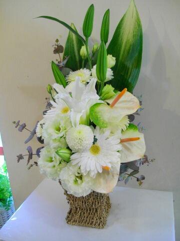 【送料無料】【お供え】【お悔み】【花】 (白 グリーン)お盆 お供え花 f5007