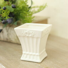 陶器花瓶フェミニンセラミックベースプティブランホワイト巾7.5×奥行7.5×高さ8.5cmアンティーク風雑貨