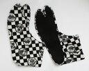 黒市松に丸紋 4枚コハゼ[行田 柄足袋 日本製 手づくり日本 和装小物 和柄 市松 柄 足袋][ポスト投函配達は送料無料]※商品により、柄の出方が異なります