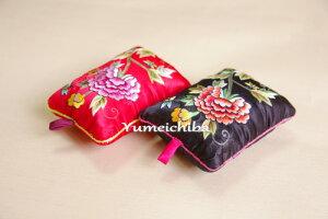 韓国手刺繍のピンクッション、針刺し(牡丹)■pincushion-9-s【ギフト】【お土産】【結婚祝】