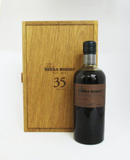 "With the whiskey ""the Nikka whiskey malt whiskey 35 years"" of the 70th anniversary of the founding 48 degrees 700 ml bamboo crane notebook recreation (entering wooden box)"