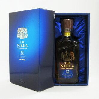700 ml of the Nikka 12 years 43 degrees (entering vanity case)