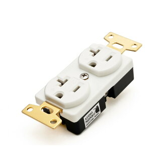 Wall outlet for the OYAIDE R0 Beryllium audio system