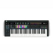 novation49SLMkIII8トラックシーケンサー搭載MIDIキーボード49鍵盤仕様