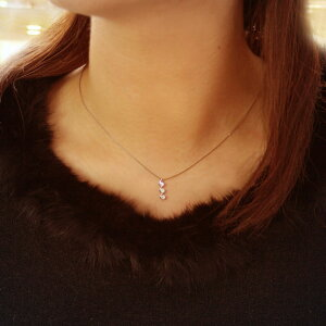 4月誕生石ネックレスダイヤモンド0.15ctプラチナトリロジーネックレスペンダント【送料無料】国産日本製モデル
