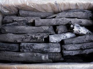 ラオス備長炭上丸(長さ約20〜27cm、太さ約3〜4cm)
